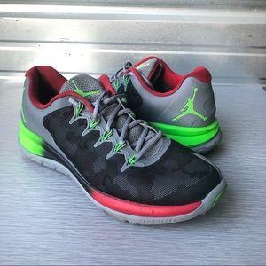Nike Jordan | Flight Runner Cool Grey True Red 10